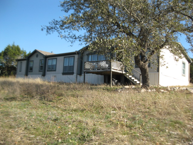 Large Used double wide foreclosure for sale 5 bedroom bank repo USED 1999 OAK CREEK BANK REPOSSESSED 32X78 LARGE 5 BEDROOM FORECLOSURE $49,900 HUGE! 5 BEDROOM DOUBLE WIDE BANK REPO MODEL:32X76 5BR/3BA HARDBOARD SIDING SHINGLE ROOF Near Lohmans Crossing Call to buy this Large double wide foreclosure for sale 5 bedroom bank repo. USED 1999 OAK CREEK BANK REPOSSESSED 32X78 LARGE 5 BEDROOM FORECLOSURE Large Used double wide foreclosure for sale 5 bedroom bank repo