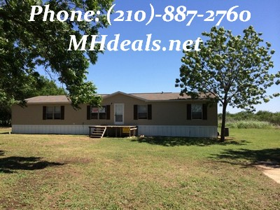 Natalia Texas Home and land- 5 bed 3 bath on 5.12 acres