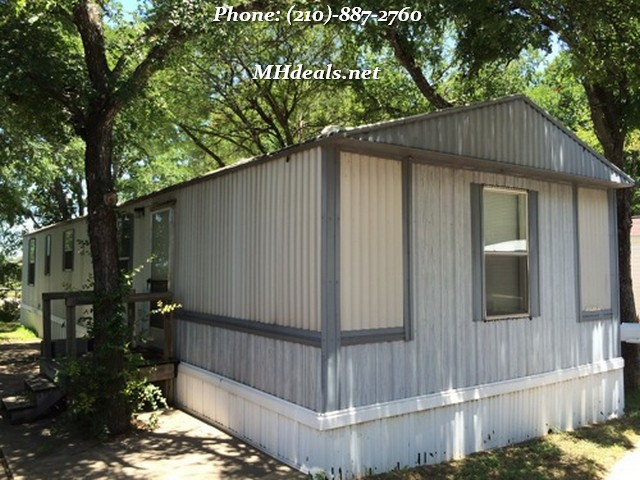 Mustang Ridge, TX- Cozy 2 bed 2 bath home