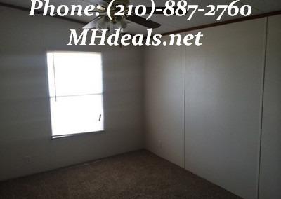 2002 Clayton Pinehurst used doublewide mobile home- San Antonio Texas