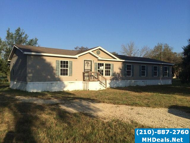 4 bedroom 2 bathroom home and land- Poteet Texas