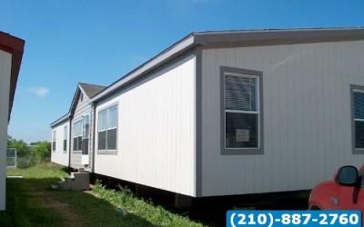 4 bed 2 bath huge doublewide mobile home- San Antonio Texas