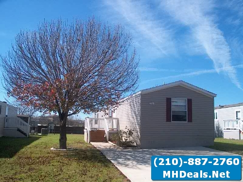 2015 3 bed 2 bath fleetwood singlewide mobile home- Cedar creek, TX
