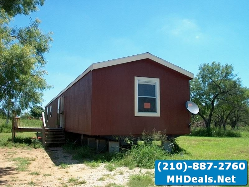 3 bed 2 bath like new used singlewide mobile home- San Antonio