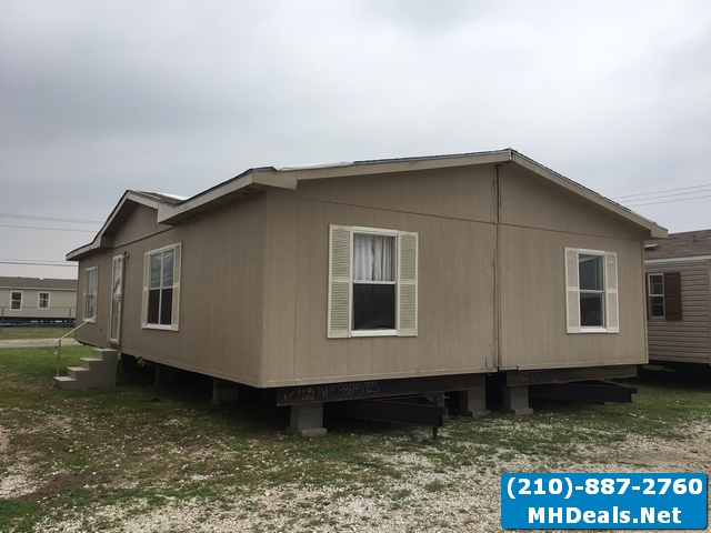 2 bed used Doublewide 1997 Redman- Walden