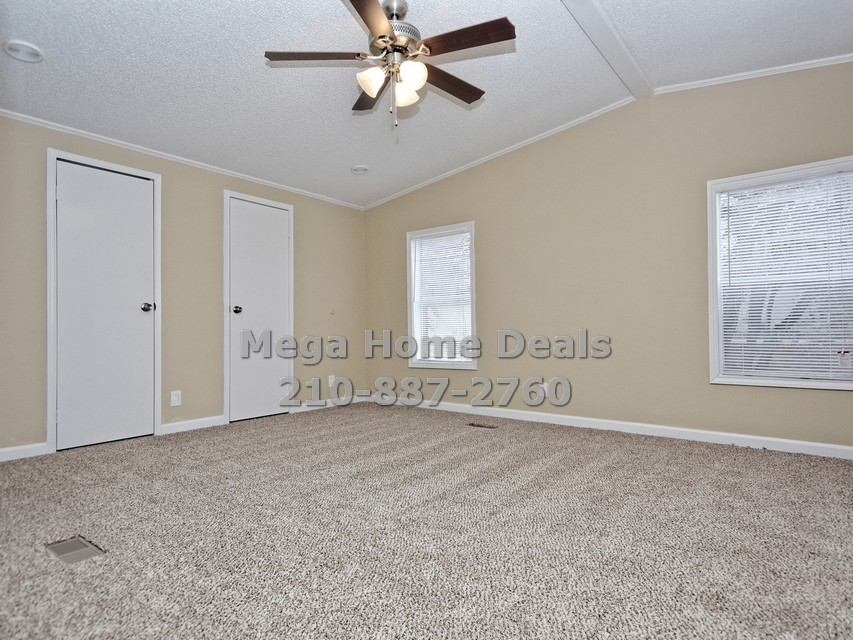 4 bedroom 3 bathroom adkins texas land and home for sale010
