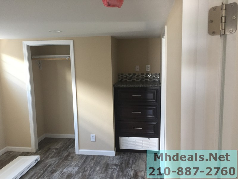 Athens 522 1 bed 1 bath with loft bedroom 2