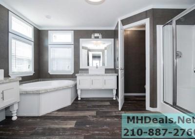 BRADLEY Master Bathroom
