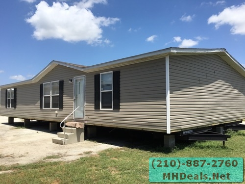 3 bed 2 bath doublewide mobile home Exterior