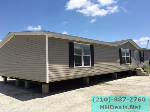 3 bed 2 bath doublewide mobile home exterior 2