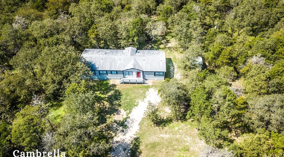 Cedar Creek Texas 4 acres 2 bedrooms