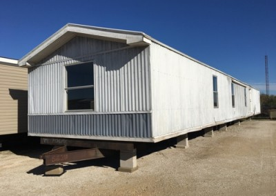 Exterior 2Cheap good looking used singlewide-New Braunfels