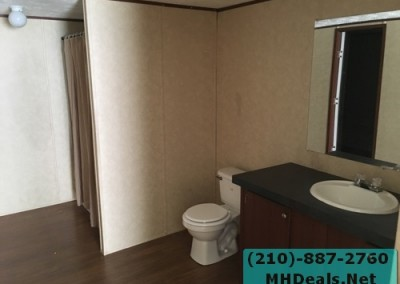 4 bedroom 2 bathroom large used doublewide manufactured home Master bathroom