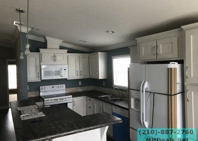 2 bed 2 bath Palmer Kitchen Island
