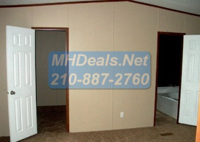 2012 Clayton Extreme repo- seguin Master Bedroom