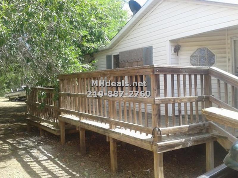 3 bed 2 bath home and land- Lockhart Texas