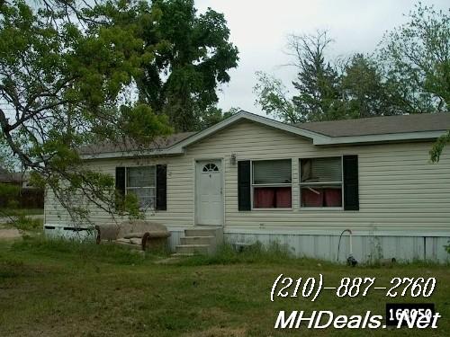 4 bed Used Doublewide Home-2005 Clayton Cedar Creek