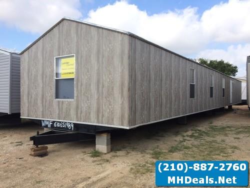 3 bed 2 bath Used Singlewide Home- Austin, TX