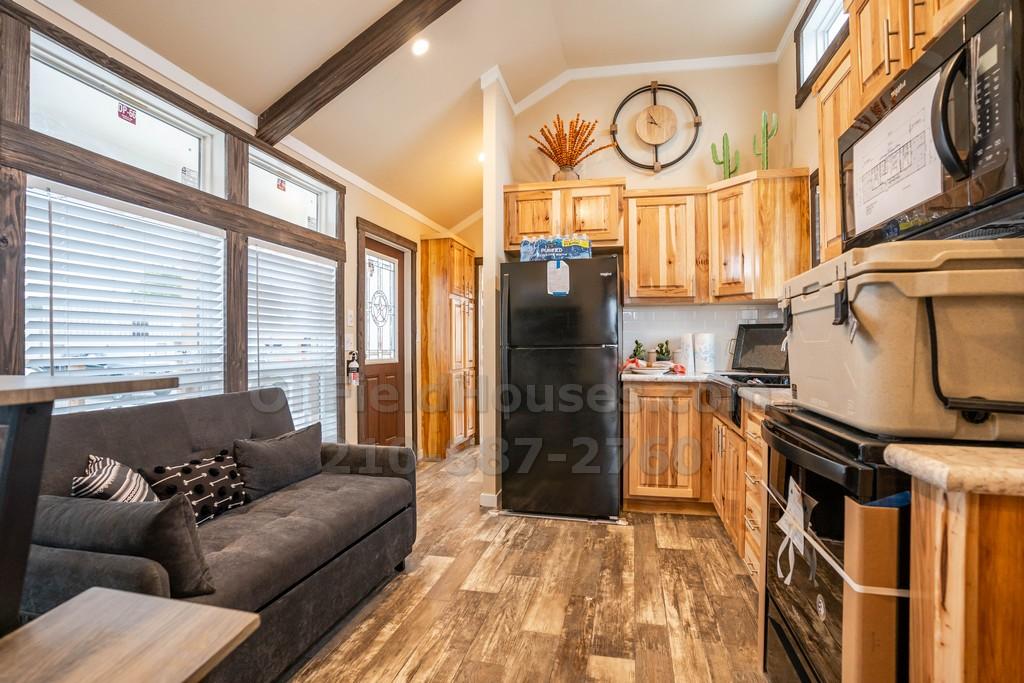 minimansion-tiny-home-2-bedroom08